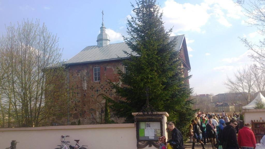 Каложская церковь на кануне Пасхи