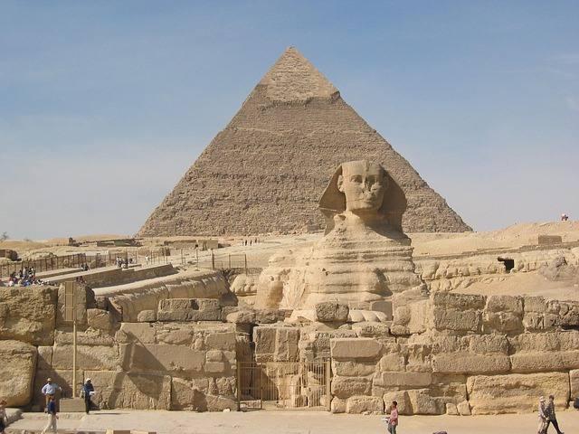 sphinx-349550_640