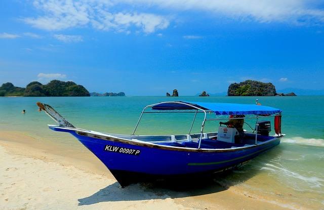 Куда поехать на море без визы: 10 вариантов на любой вкус и кошелёк