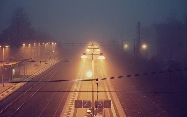 train-station-336602_640