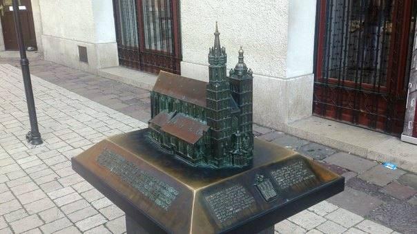 Миниатюры краковских достопримечательностей