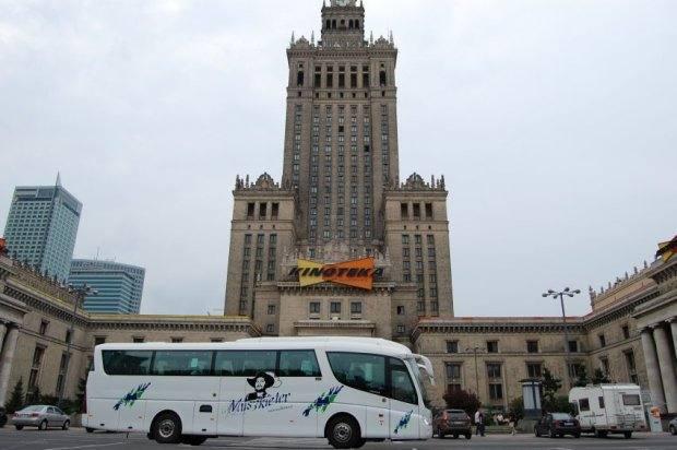 z13771469Q,Autobus-firmy-przewozowej-Muszkieter