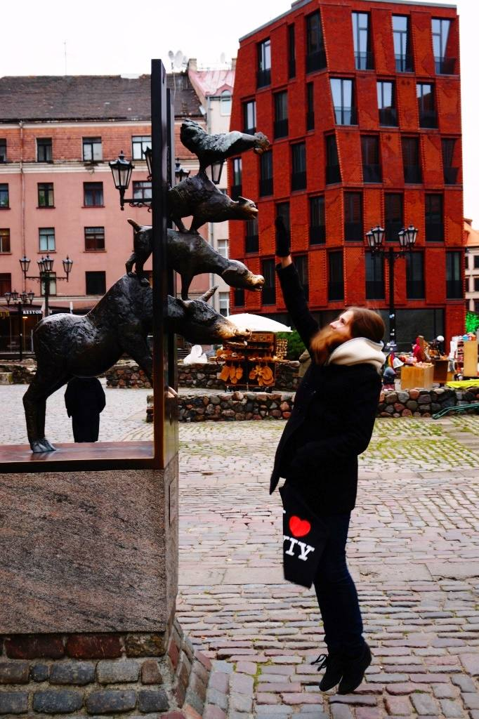 памятник в Риге