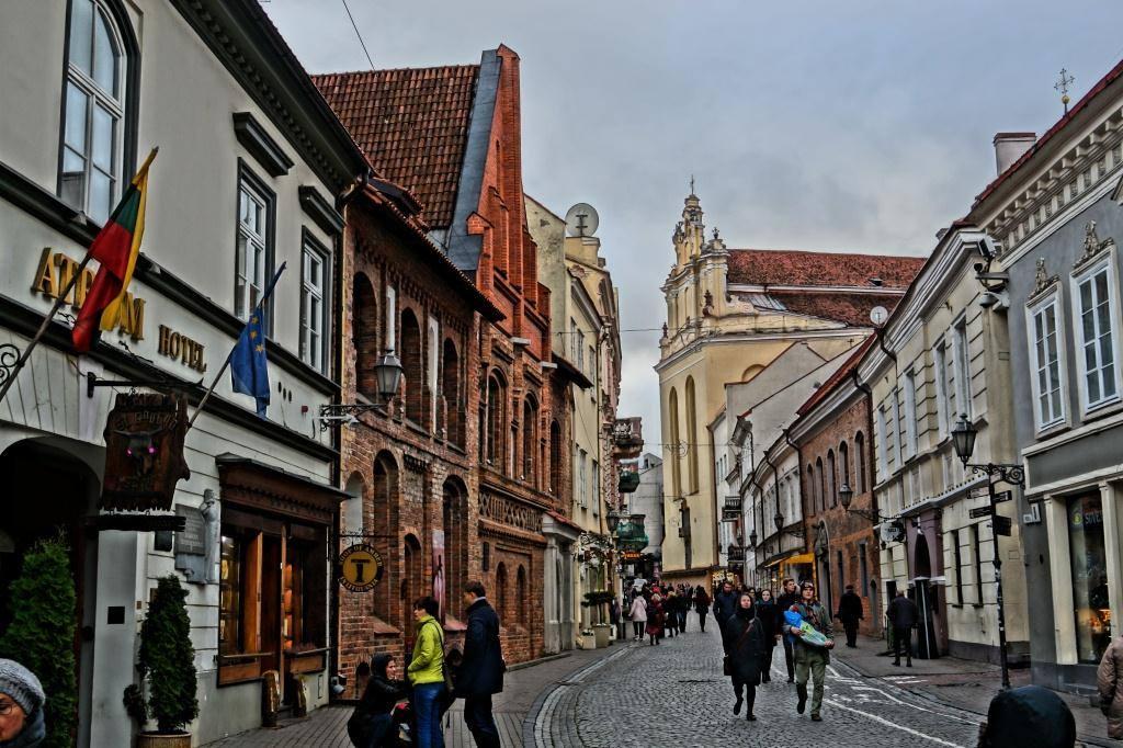 Что посмотреть в Вильнюсе: улица Пилес