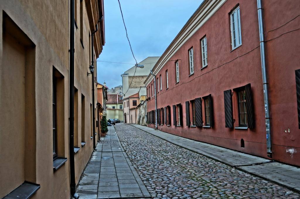 что посмотреть в Вильнюсе: узкие улочки