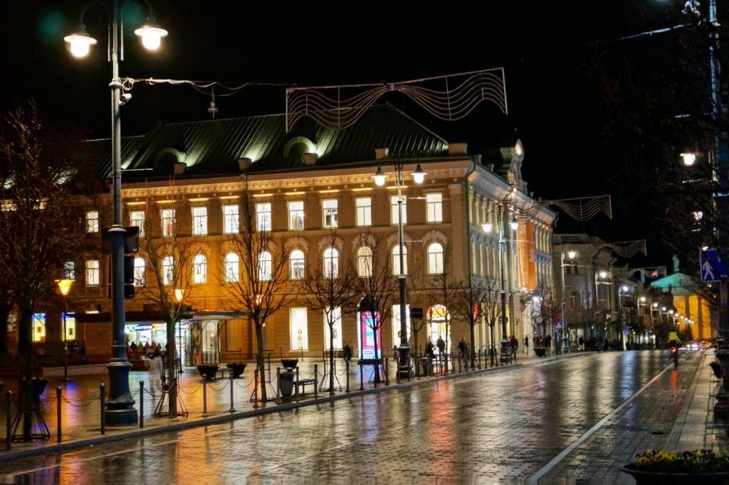 вильнюсский центр ночью