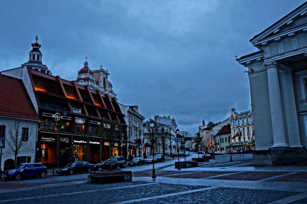 утро над литовской столицей