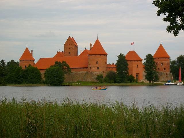 Что посмотреть в городе Вильнюсе: замок в Тракае