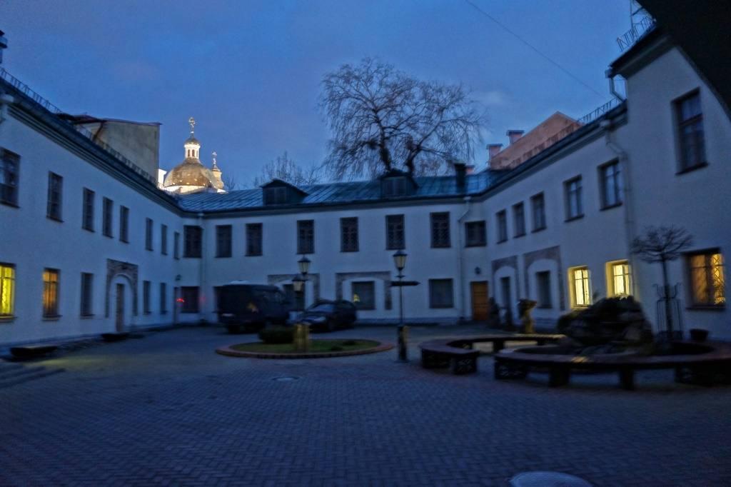 дворик Гродно