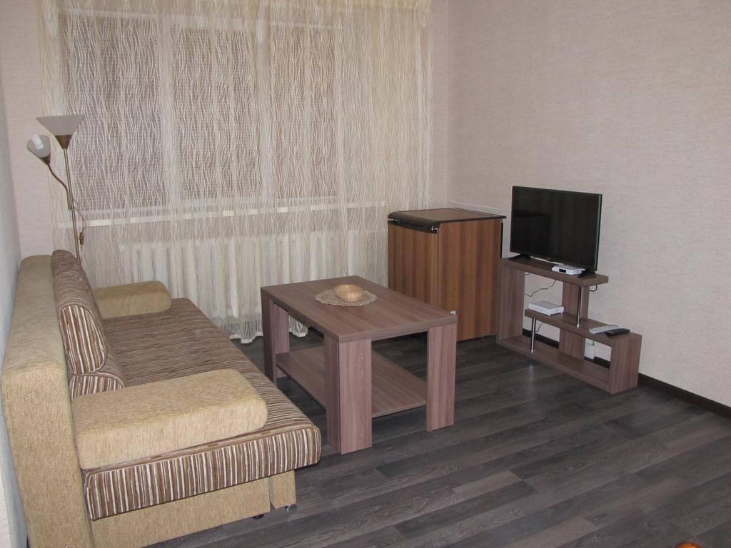 Apartment On Masherova 70