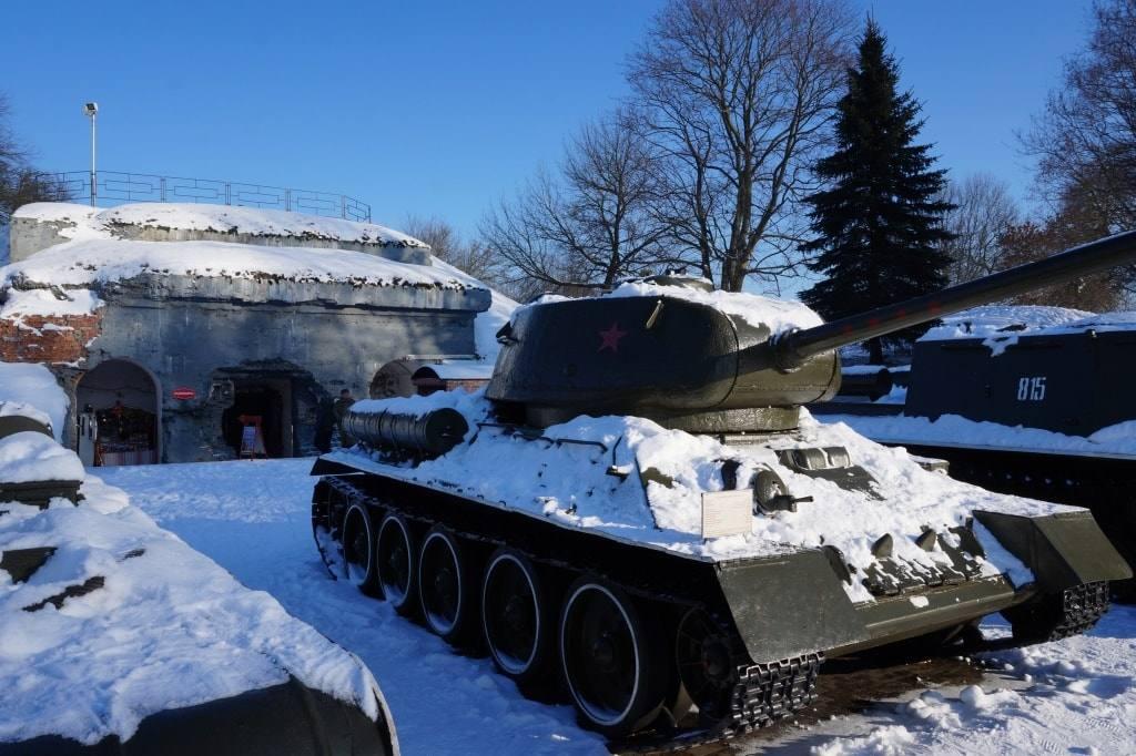 танк Брест