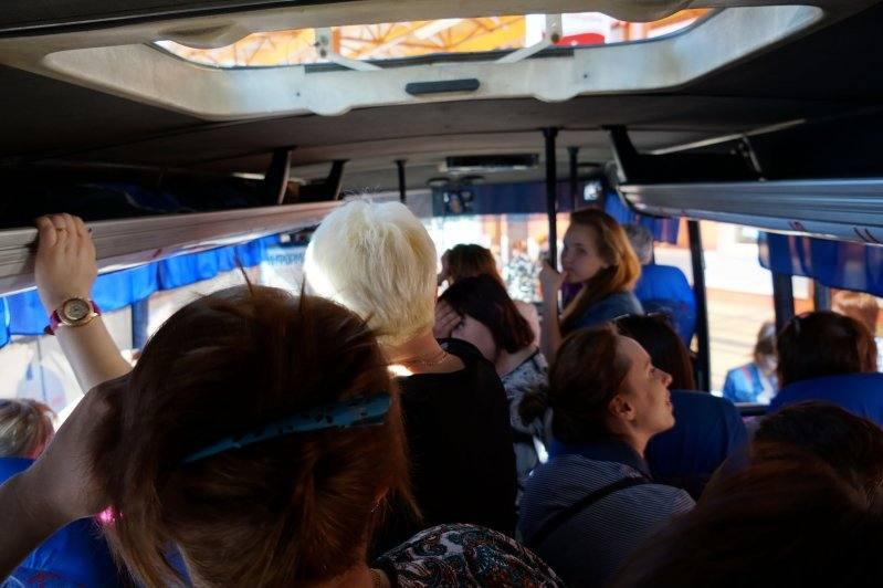 толкучка в автобусе