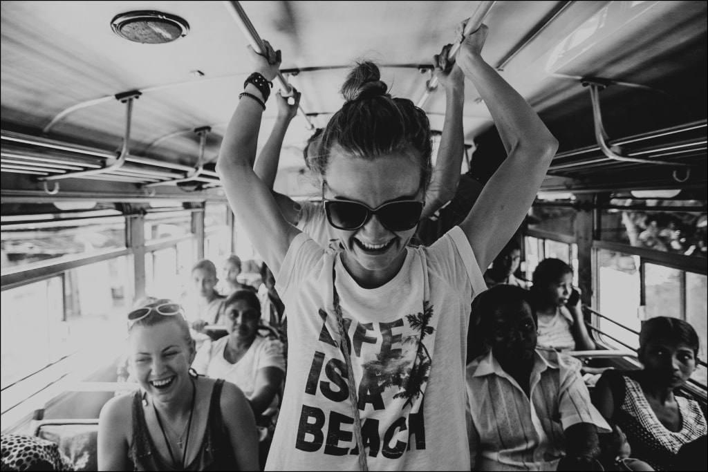 Девушка в автобусе рассказы фото 369-821