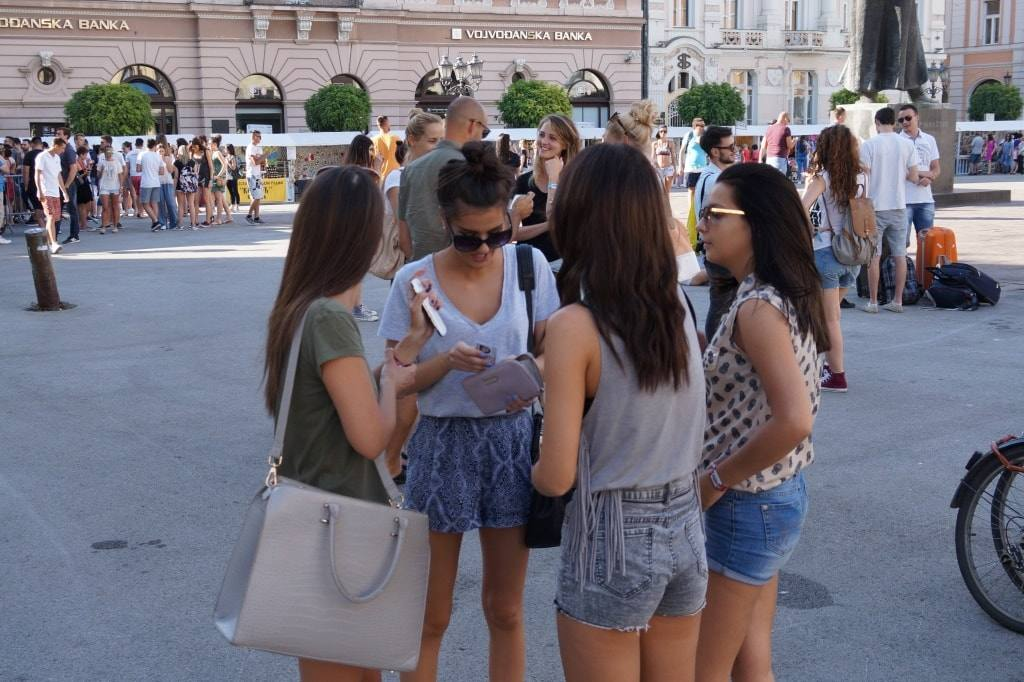 girls-serbia