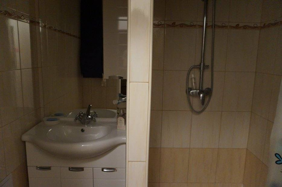 душ-квартира-мартина-бенку
