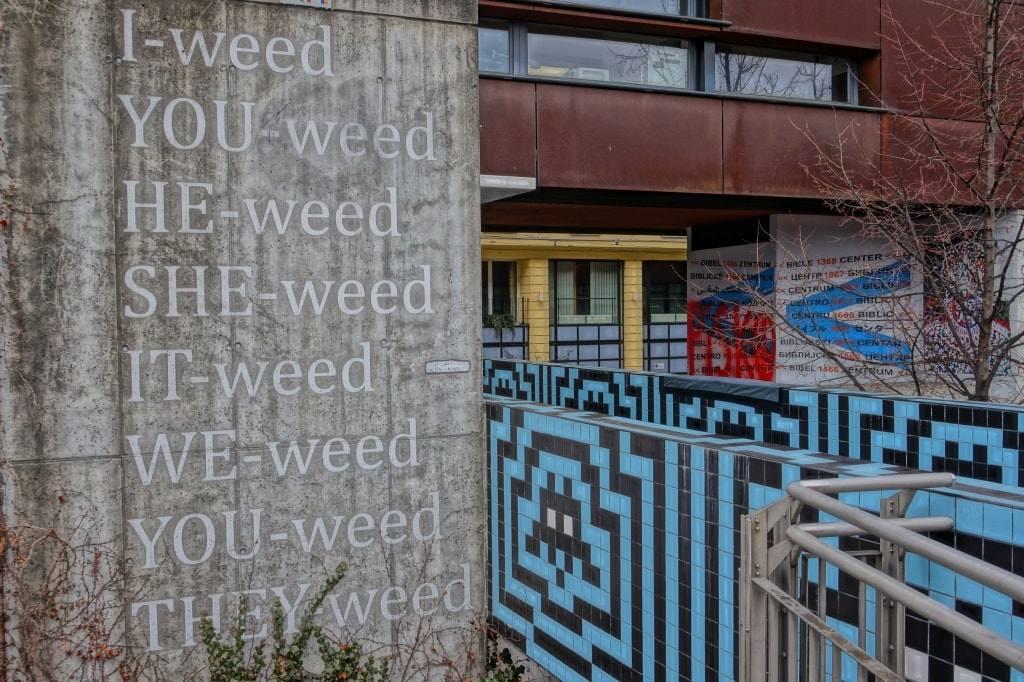 art-objekt-we-weed