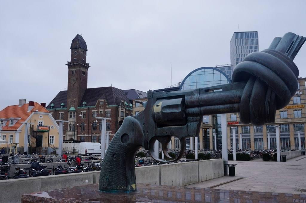 pistolet-v-malmyo