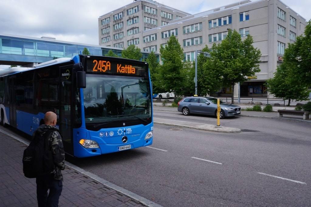 avtobus-v-nuuksio