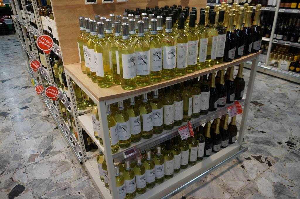 Есть как итальянец. Стоимость продуктов, алкоголя и развлечений в Кальяри, Флоренции и Пизе.