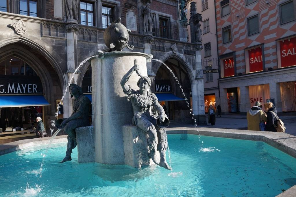 rybnyj-fontan