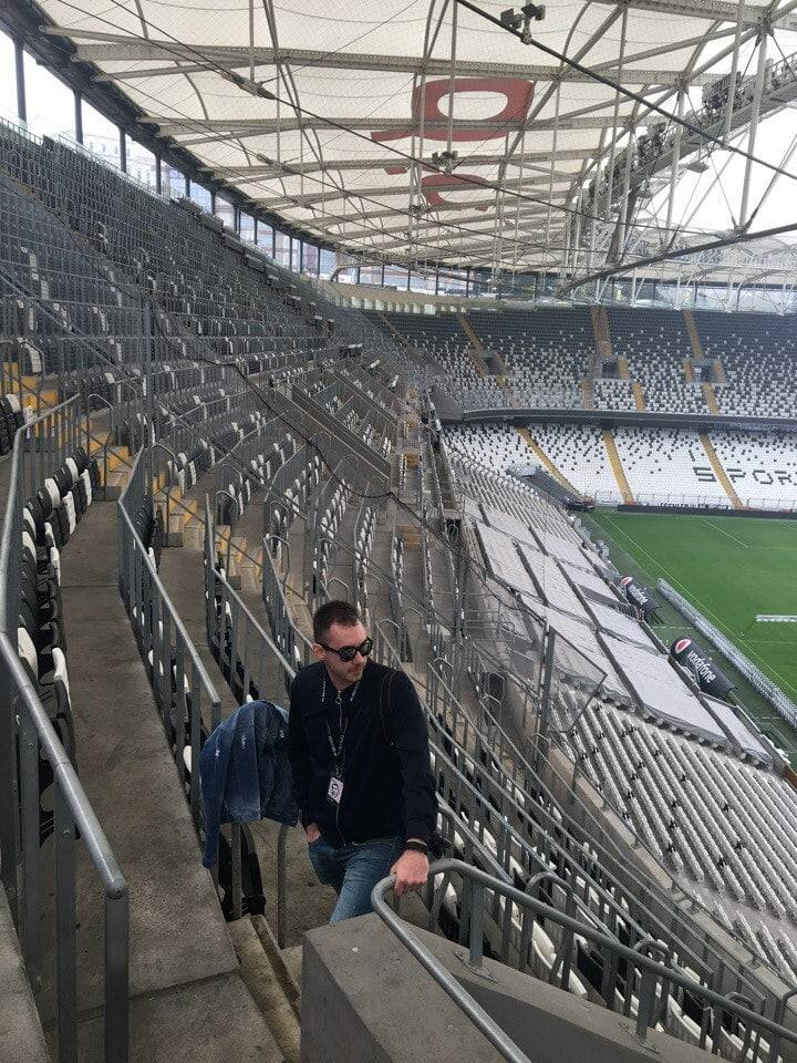 na-stadione-vodafon