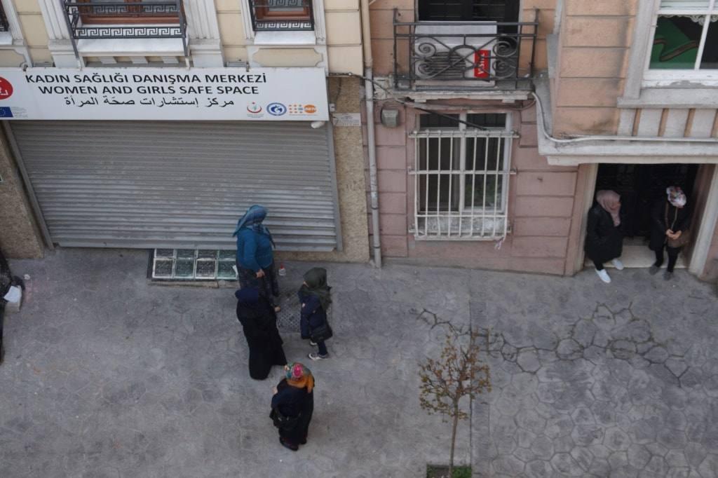 Байки из комода, рассказ про стамбульского чудака + обзор тех квартир, что мы снимали в Турции.