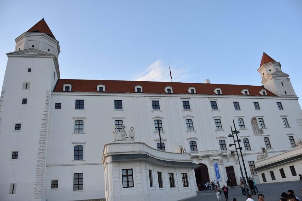 zamok-slovakia