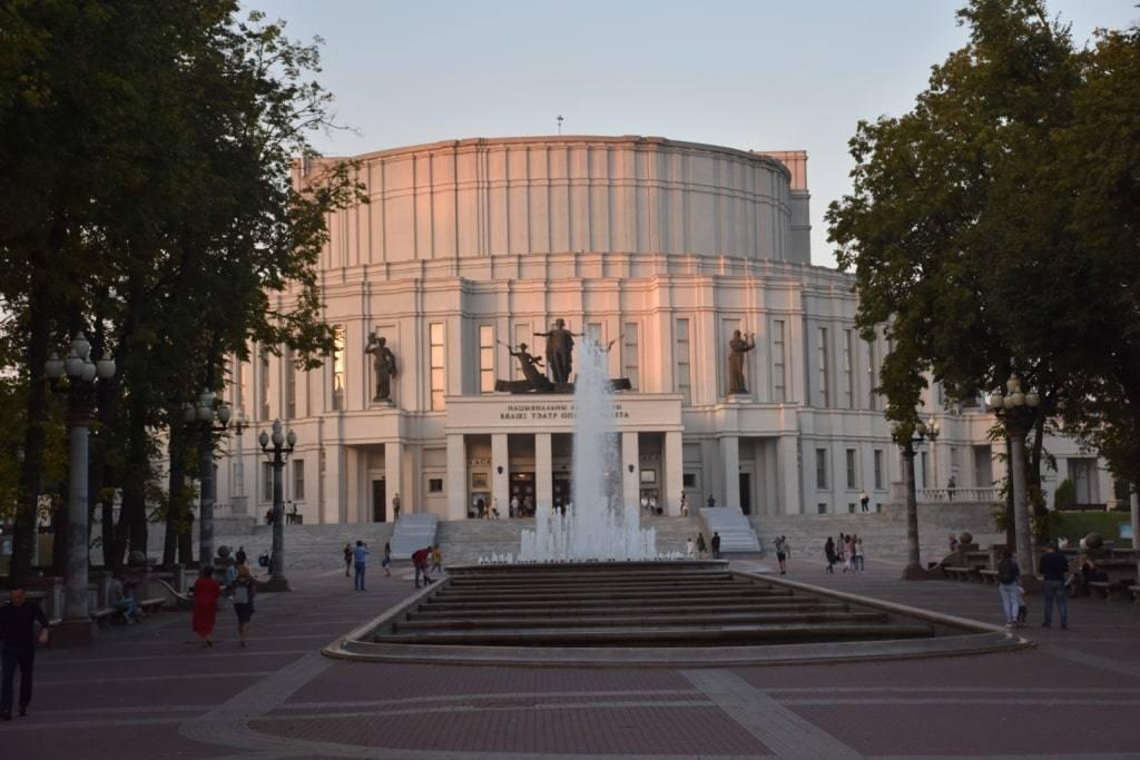 zakat-opernyj-teatr