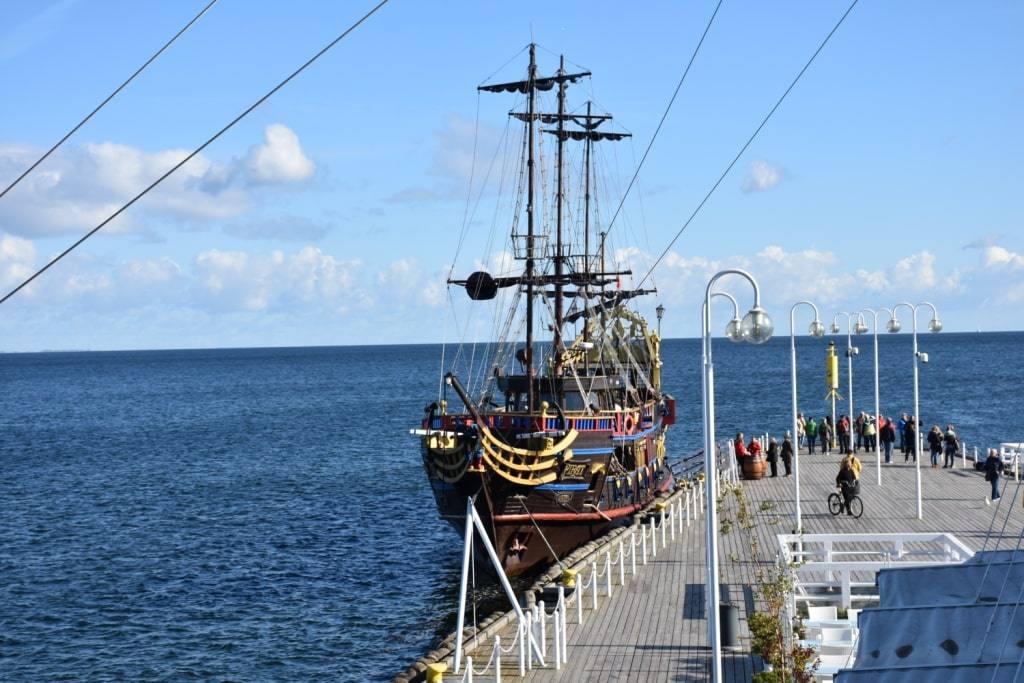 korabl-piratov