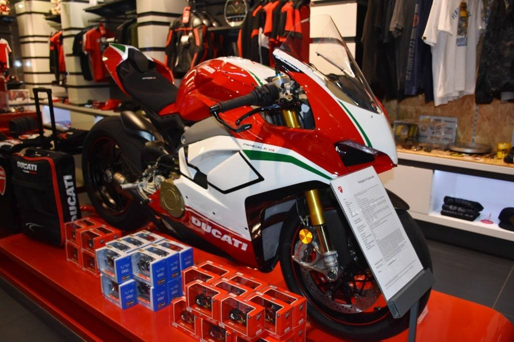 sportivnyj-motocikl
