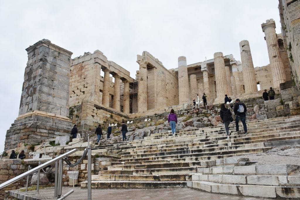 cena-biletov-v-akropol