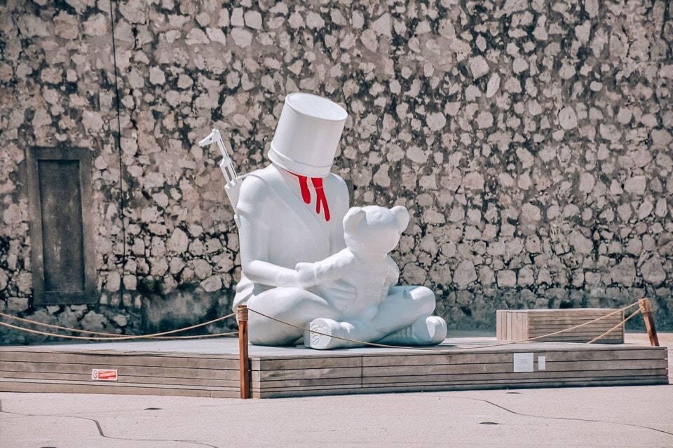 skulptury-antib
