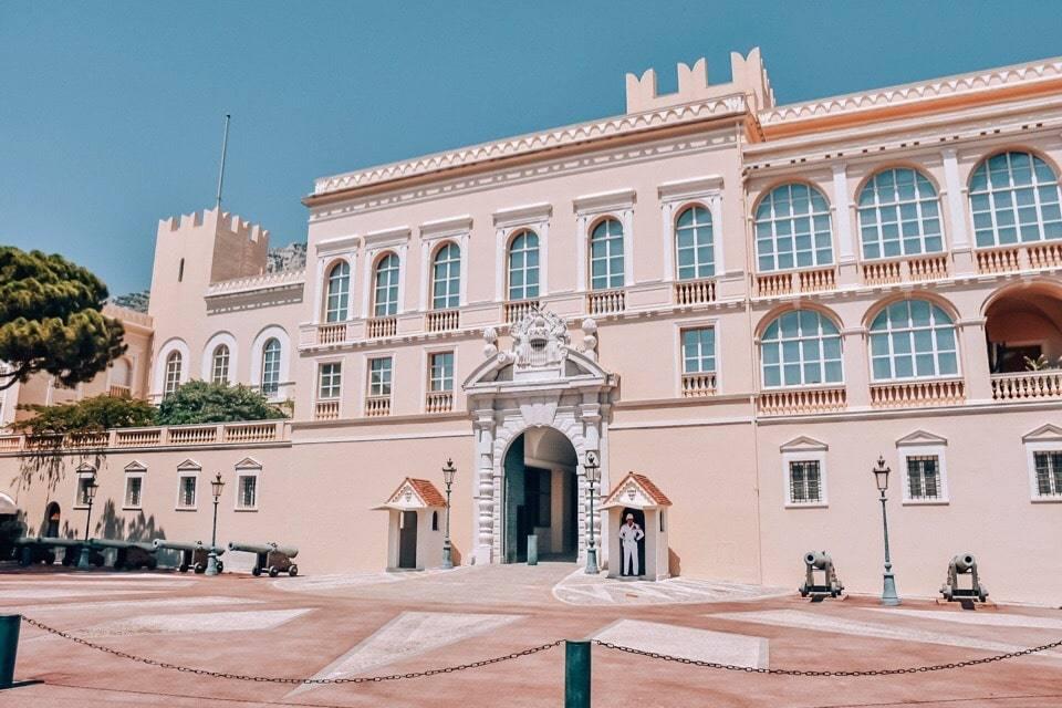 knjazheskij-dvorec