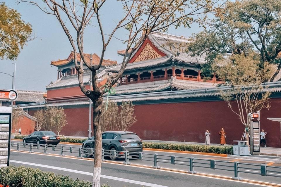 hram-lamy