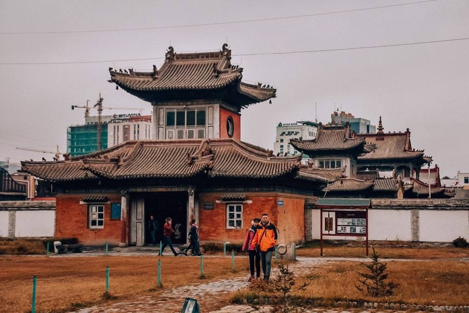 hram-lamy-mongolija