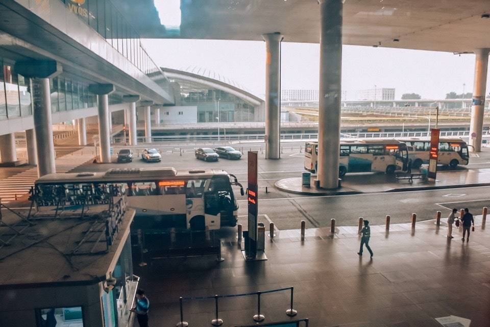 avtobusy-v-gorod-iz-aeroporta-pekina