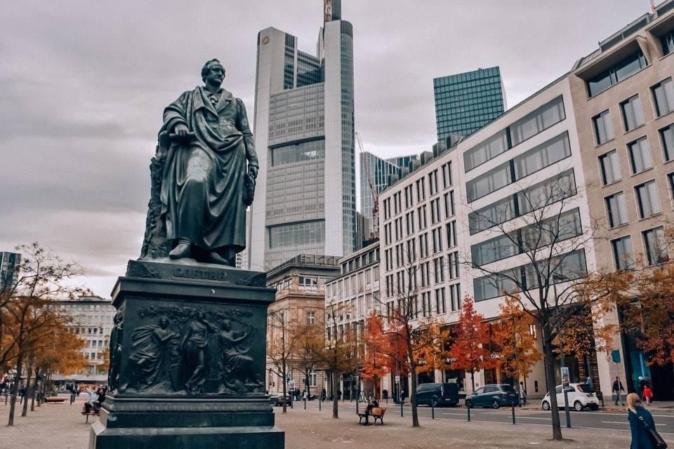 frankfurt-na-majne