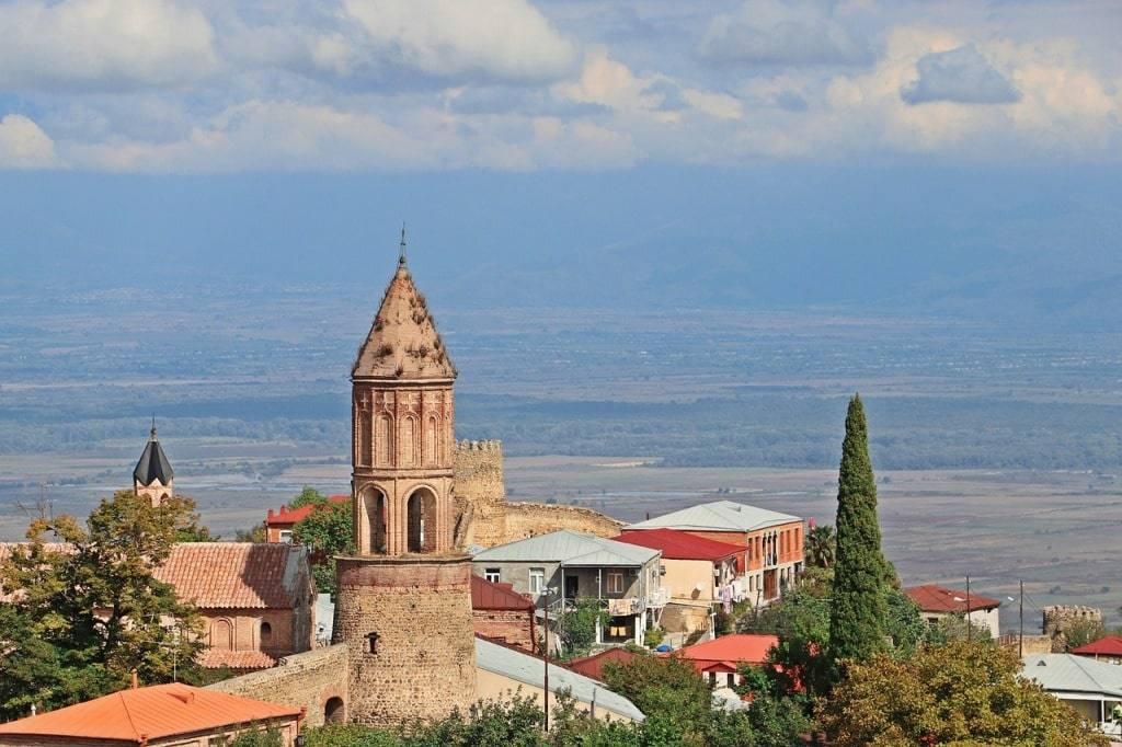 gruzija-kuda-poehat