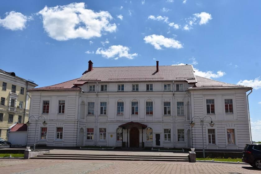 mogilev-dvorec-konisskogo