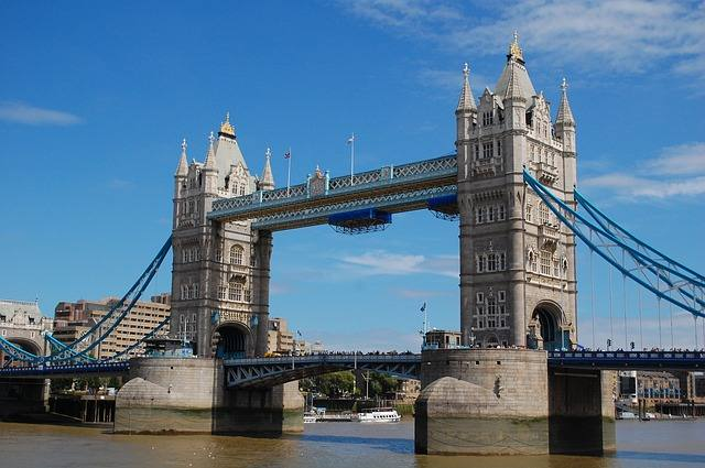 tower-bridge-528126_640
