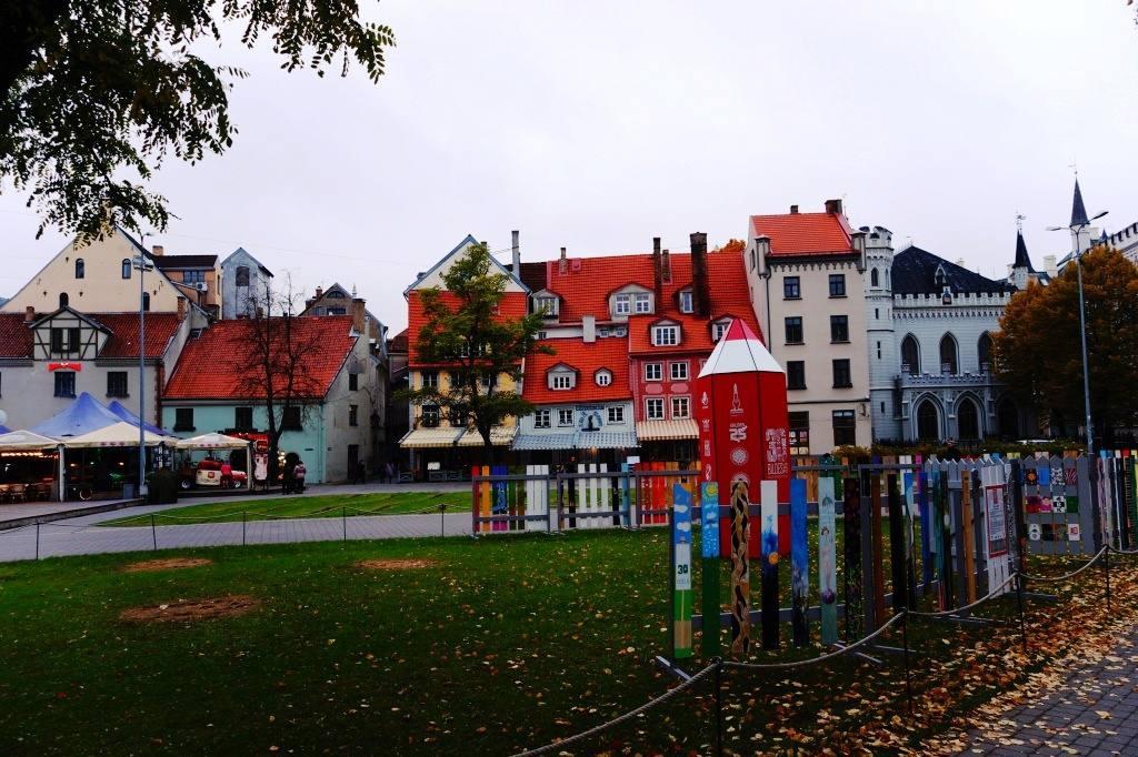 площадь Ливов в Риге