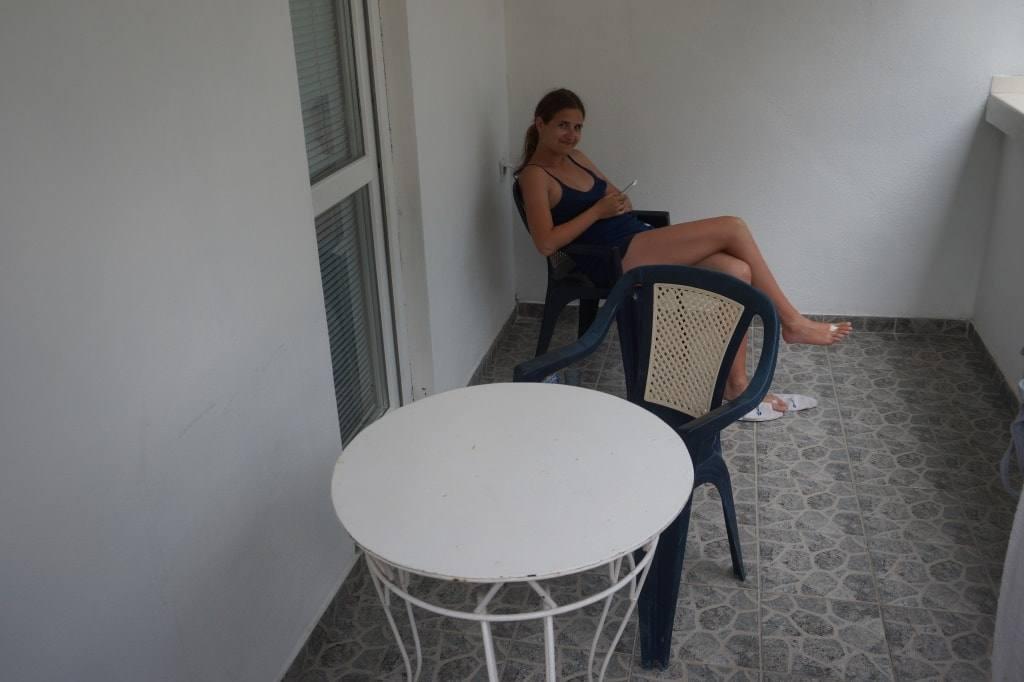 komnata-s-balkonom