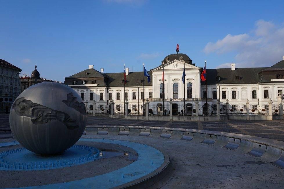 dvorec-prezidenta-dostoprimechatelnosti-bratislavy