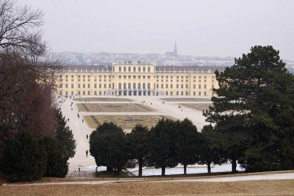 dvorec-shonbrunn