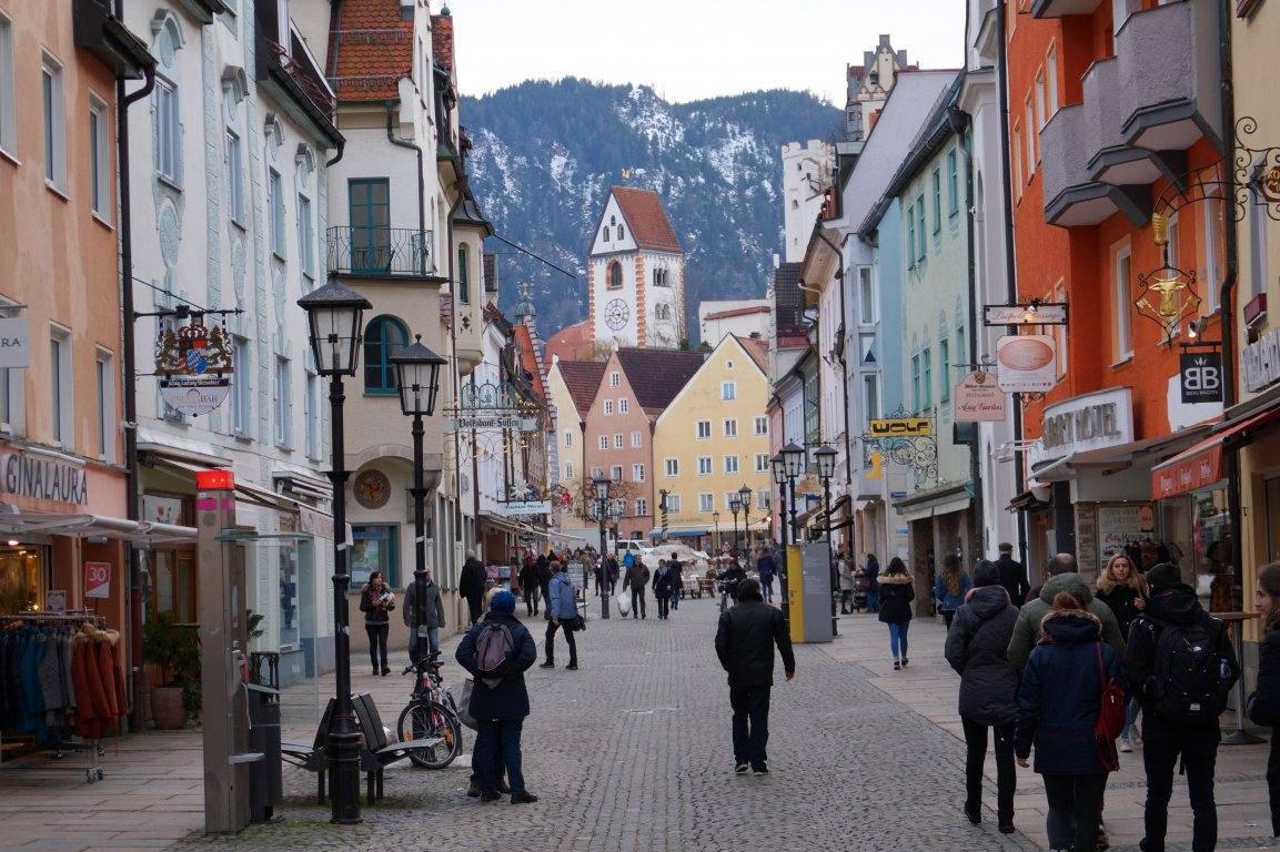 Нарисуй мне небо: фото-прогулка по городу Фюссен (Германия)