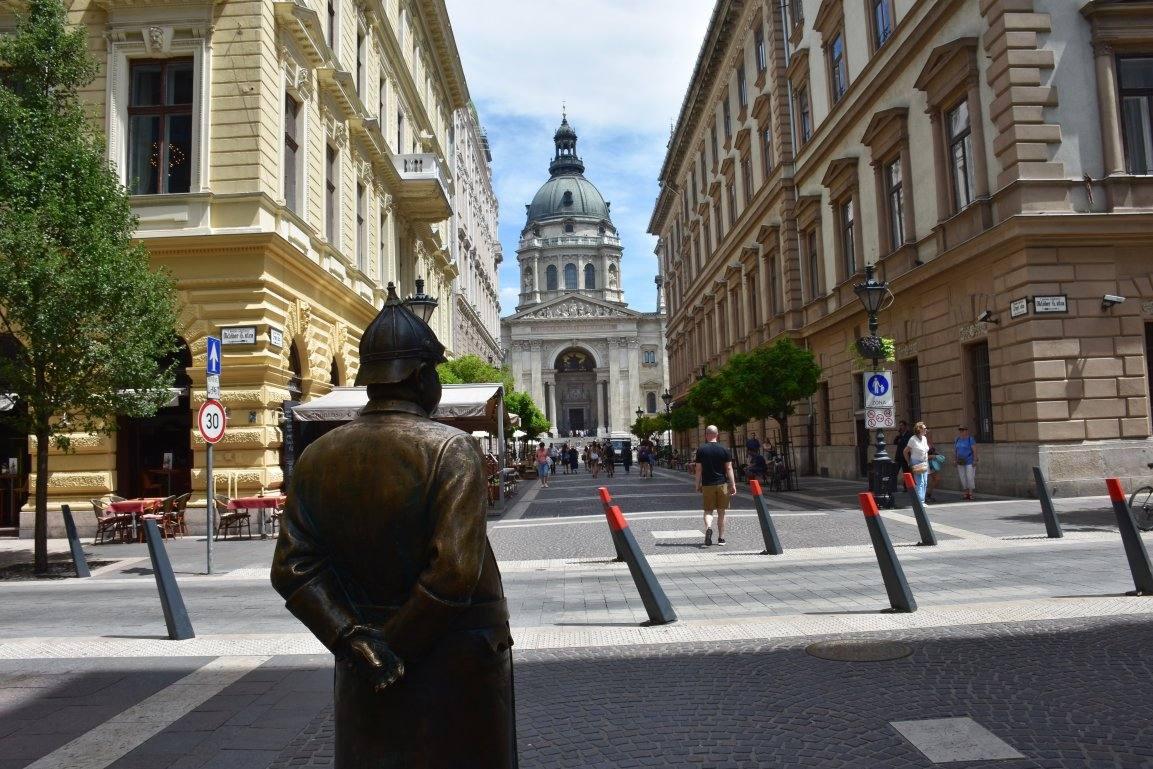 Страховка в Венгрию и все, что о ней нужно знать.