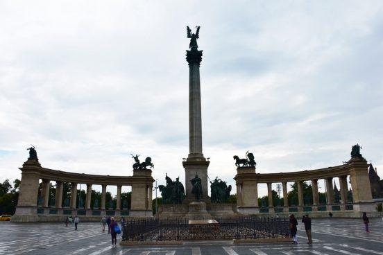 ploshad-geroev