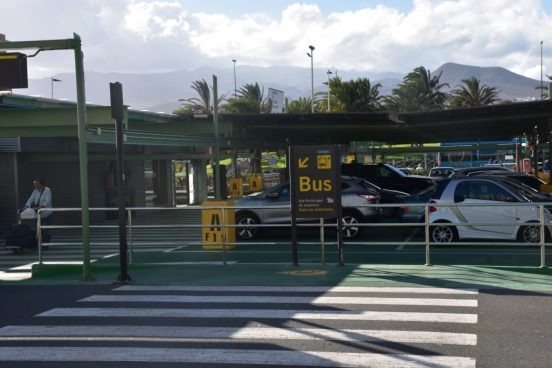 ostanovka-avtobusa-aeroport-lpa