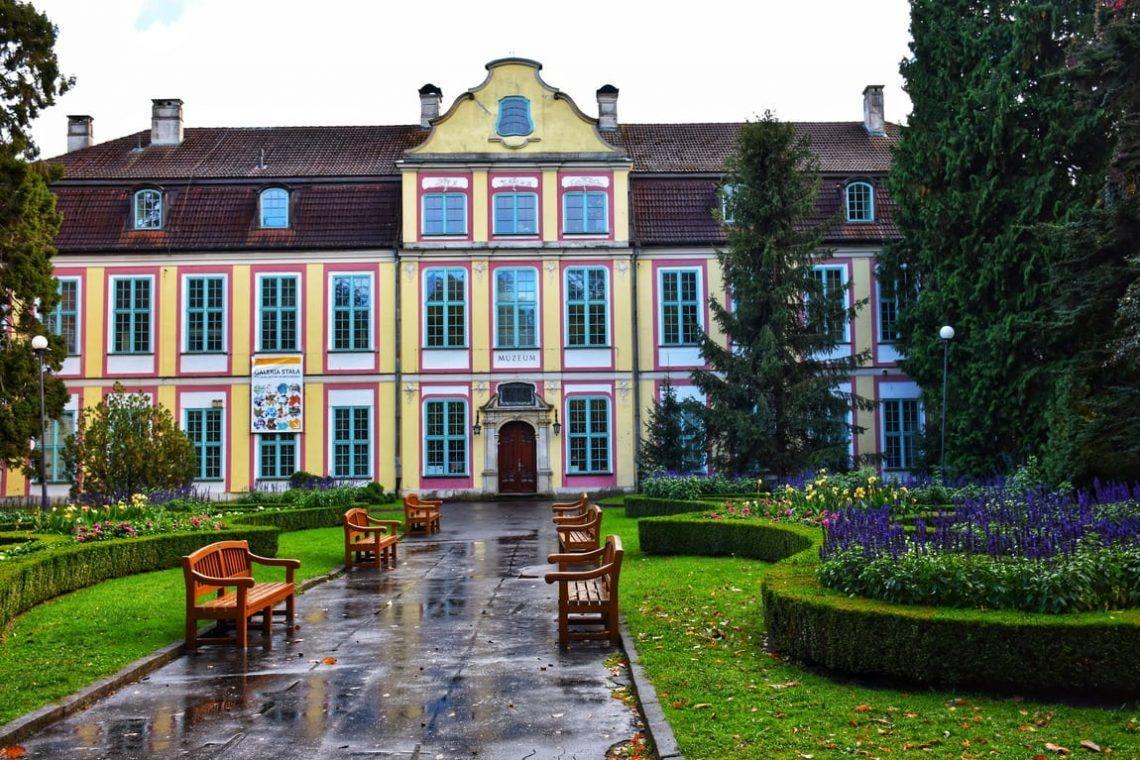 abbatskij-dvorec