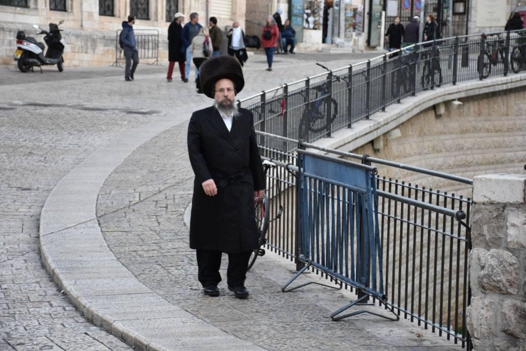 evrej-v-ierusalime